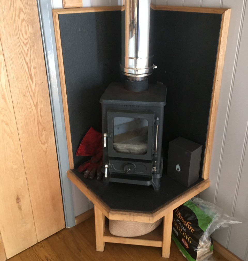 small wood burning stove the hobbit