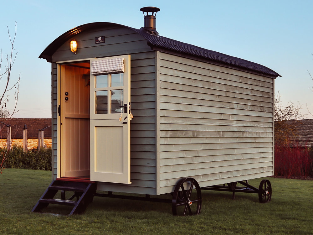featheredge timber cladding by Red Sky Shepherd's Huts