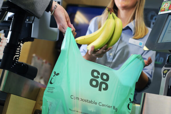 compostable shopping bag made from bioplatics