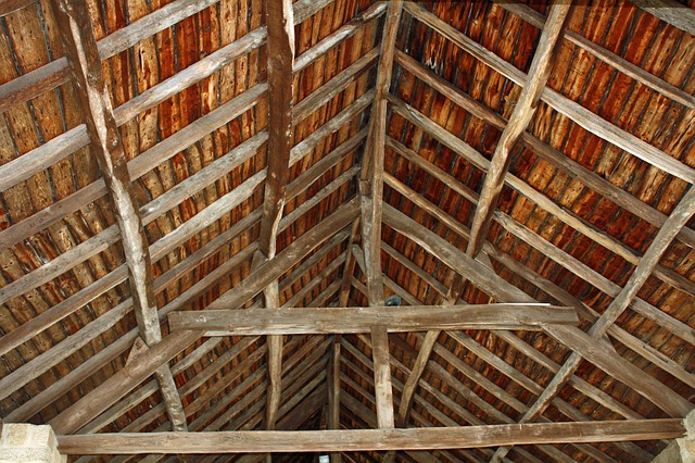 reclaimed timber roof beams